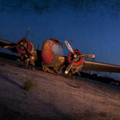 CHATARRA DE AVIONES<br> Compramos aviones viejos para reciclar.
