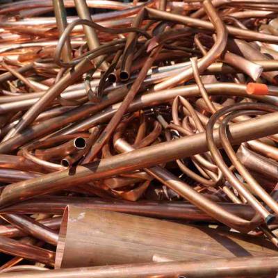 BRONCE<br> Reciclamos objetos de bronce para darles una nueva vida.